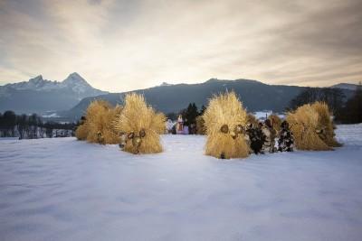 Vorweihnachtszeit in den Bergen - Buttnmandl und Nikolaus c) M. Hildebrandt