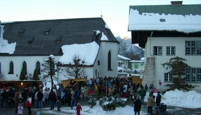 Bischofswieser Adventsmarkt, Rathausplatz