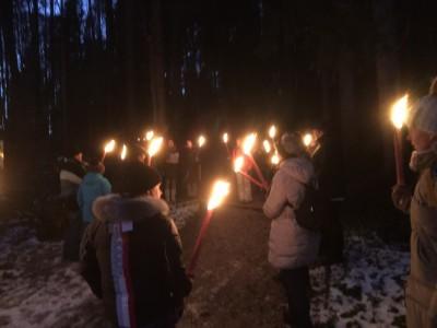 Weihnachtliche Fackelwanderung in Bischofswiesen bei Berchtesgaden