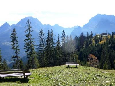 Ausblick vom Toten Mann auf die Ramsauer Dolomiten