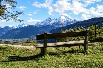 Wandervergnügen Kastensteinerwand mit Watzmann