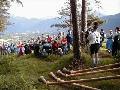 Musikalische Hogoscht mit Alphorn, Musik und Gesang auf der Kastensteinerand