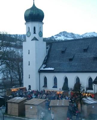 Adventsmarkt am Rathausplatz Bischofswiesen