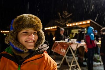 Am Adventsmarkt in Bischofswiesen