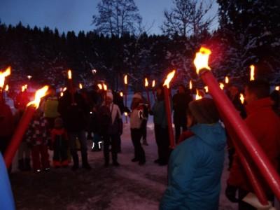 Romantische Fackelwanderung am Aschauerweiher in Bischofswiesen