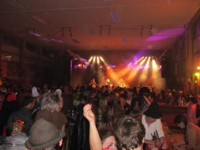 Partystimmung in Bischofswiesen mit der Liveband Saubartl