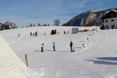 Kinder- und Anfängerhang im Skigebiet Götschen