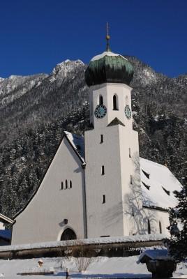 Die Bischofswieser Kirche im Winter