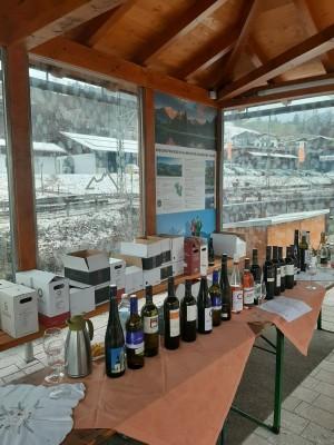 Große Weinauswahl beim Weinmarkt der Wölblinger Winzer in Bischofswiesen