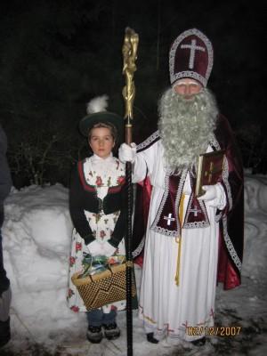 Nikolaus und Nikoloweibl Loipler Buttnmandl